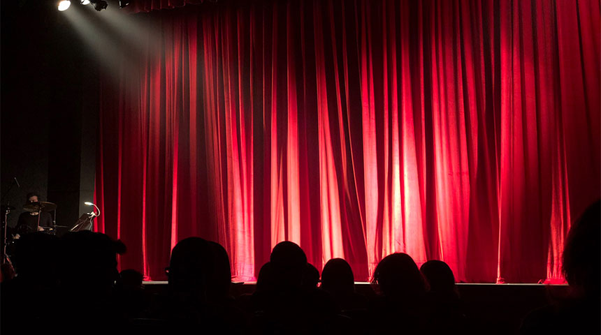 postimage 3WaystoUpgradetheDigitalMarketingofYourTheater stagetheater - 3 Ways to Upgrade the Digital Marketing of Your Theater